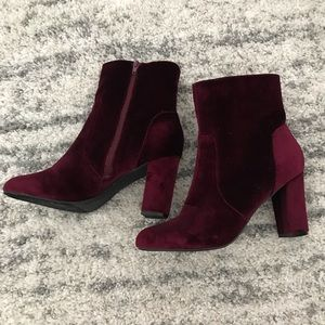NWOT Crushed Velvet Heeled Booties